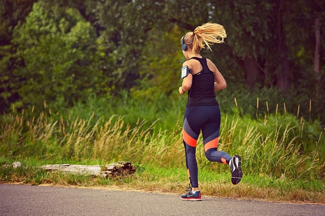 running swimming biking cycling cardio should take preworkout supplement