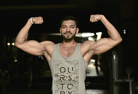 hammer curl benefits better biceps and upper arm aesthetics get swole